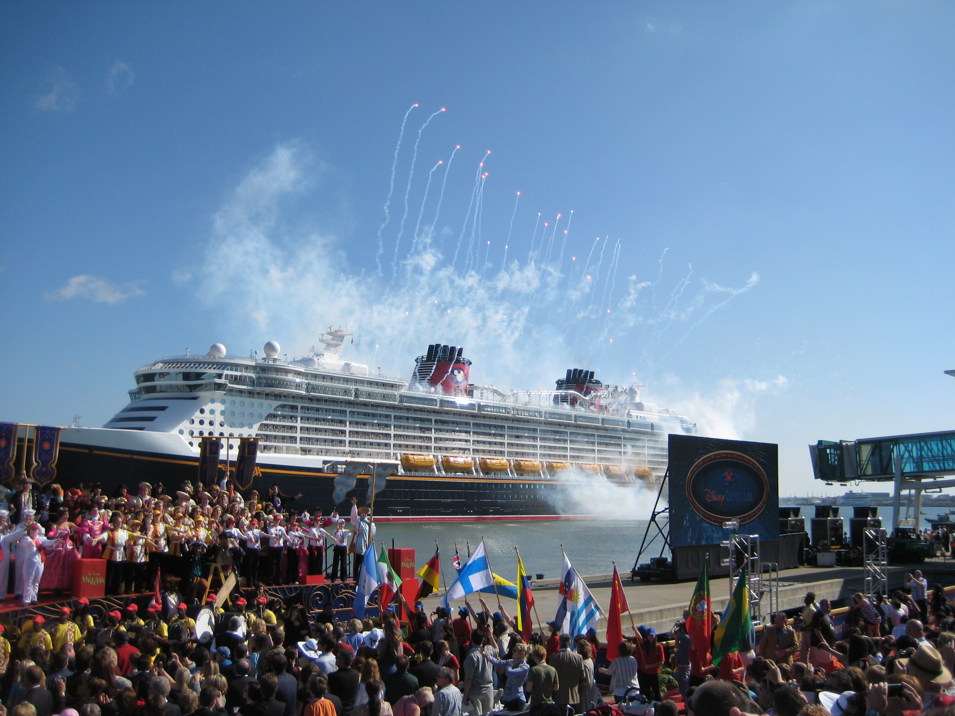 The Disney Dream Offers a Magical Family Vacation Option